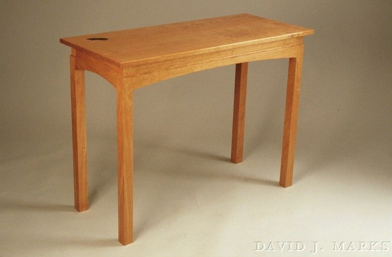 Episode 608: Hall Table with Leaf Inlay