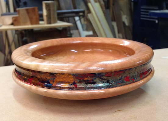 BOWL EMBELLISHED WITH GILDING AND CHEM PATINATION